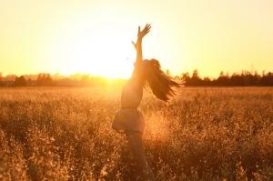 girl-hair-happiness-happy-joy-sun-favim-com-42311